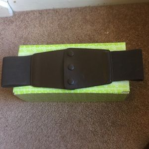 Accessories - Brown waist belt 4 for $15